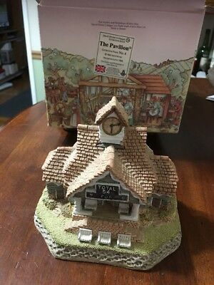 David Winter Cottages The Pavilion 1988 Collectors Guild #4 - COA Box