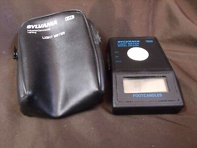 Osram Sylvania GTE Light Meter Model DS 2000 Measures Footcandles With Case