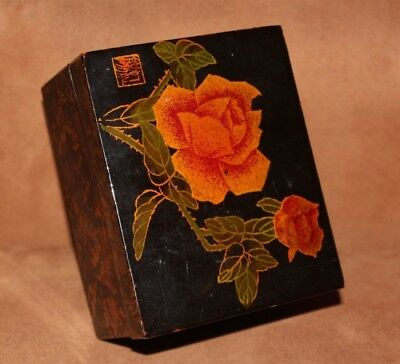 vintage classic black lacquer asian trinket jewelry box w/ rose detail on lid