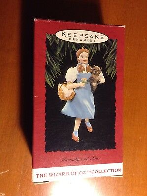 Keepsake Ornament Wizard Of Oz Collection Dorothy and toto 1994 w box