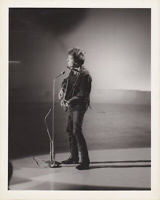 BOB DYLAN Original 1960's Photograph 8″ x 10″ From LONDON FEATURES Photo Archive