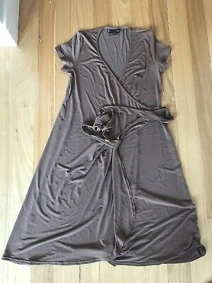 Pea in a Pod Wrap maternity birthing gown Sz 10