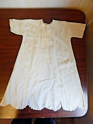 Antique/Vintage Child's Embroidered Ivory Cotton Batiste Nightgown