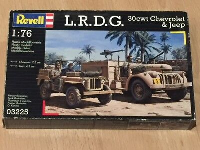 Revell L.R.D.G. 30cwt Chevrolet & Jeep in 1/76