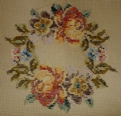 IVO ROSE FLORAL GARLAND TRAMME TAPESTY NEEDLEPOINT KIT no background wool 23/12