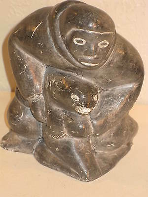 Rare INUIT CARVED STONE *SIGNED MAN CARRYING SEAL* TOOKAK CANADA CERTIFIED*Fine