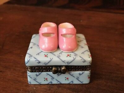 NIB Madame Alexander Figurine Pink Shoe Box Love is in the Details in Box