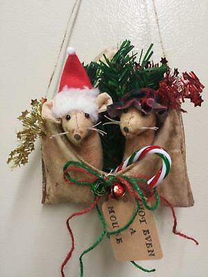 Primitive Envelope/Farmhouse/Mouse Santa/Christmas/Grunged