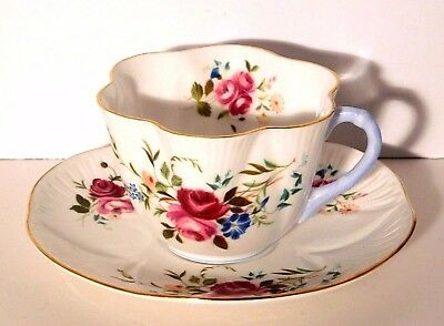 Vtg. Shelley Red Roses Floral Tea Cup and Saucer #2407