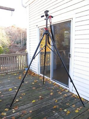 Bogen / Manfrotto Pro Tripod 3236 with 3047 head and 2 quick release plates