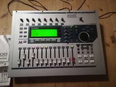 Yamaha AW16G digitales Tonstudio Professional Audio Workstation