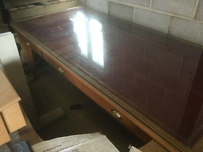 Very Nice Large strong Oak Partners/ Boss's Desk. Leather top