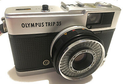 Olympus Trip 35 mm camera - Very good condition