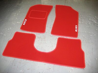 Red SUPER VELOUR Car Mats to fit Peugeot 205 LHD + White GTI Logos + Saddle Rear