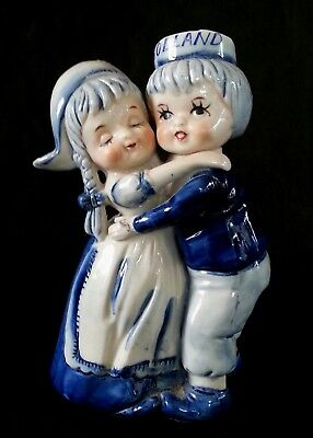 Vintage Delft Holland hand painted porcelain figurine 7.25""