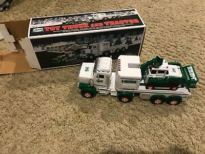 2013 Hess Truck excellent condition free shipping