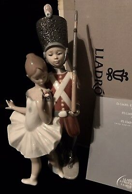 "Lladro ""Little Tin Soldier"" Nutcracker (8321 Mint in Box) Perfect for Christmas!"