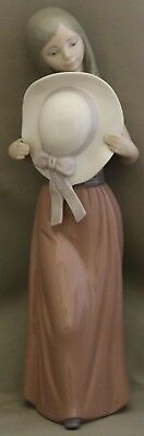 "Lladro  Figurine - ************Girl with Hat"" ************- Looks like Brand New"