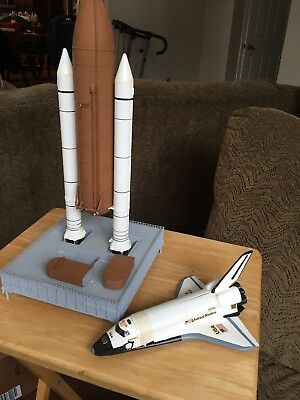 Vintage Plastic Built Model NASA Space Shuttle Discovery With Launch Pad
