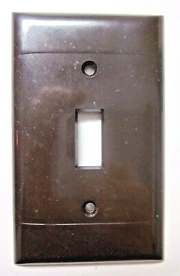 Vintage Sierra Switch Plate Wall Cover Brown Bakelite 2 Ribbed Lines Smooth P-1
