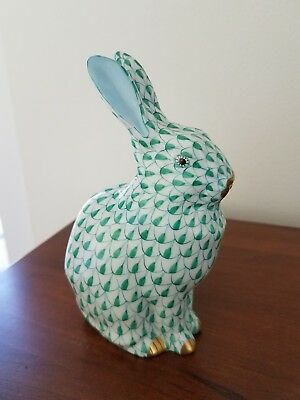 Herend Green Fishnet Bunny Rabbit Figurine Hungary 5.25 inches