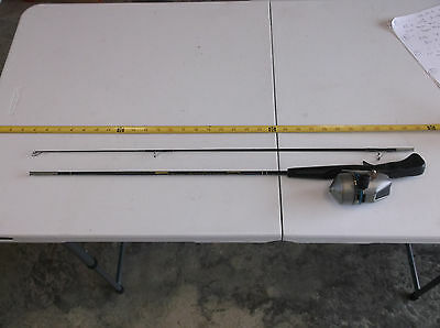 Vintage Collectible Shakespeare Pro-Am Rod and Reel Combo