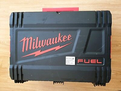 Milwaukee M18CN16GA 18V Fuel Angled Nail Finishing Nailer in Case (Body Only)