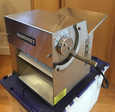 """CDR100 Somerset Dough Sheeter, Pizza Dough Roller 10"""". Used but excellent."""