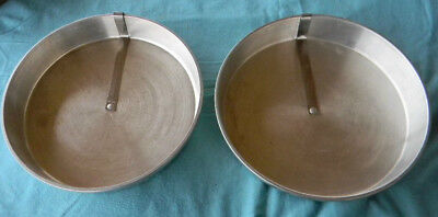 "Vtg Mirro 1109M & Maid Of Honor  Aluminum 9"" Quick Release Bar Slider Cake Pans"