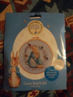 Beatrix Potter ,peter Rabbit Cross Stitch Kit Peters Hug