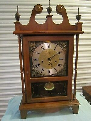 Vintage Ridgeway wooden Mantle clock with chime-Chippendale-Germany
