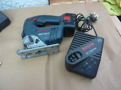 Bosch 14.4 Cordless Jigsaw Gst14.4V With Charger  7.2 - 14.4 Al1450Dv Working