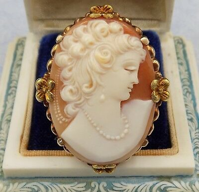 Beautiful ~ Vintage 10K Gold ~ Large Cameo ~ Ring ~ Beautiful Carving