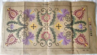 Unused Vintage Gobelin Printed Tapestry Canvas Jacobean Style Design 30 X 60 Cm