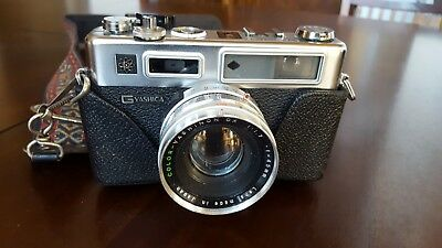 Yashica G Electro 35 Film Camera Rangefinder 45m W/Case from Japan Very Rare