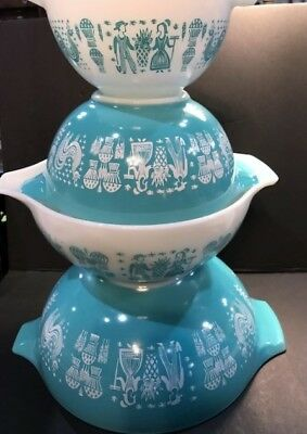 Vintage Set of 4 Turquoise Amish Butterprint Pyrex Bowls