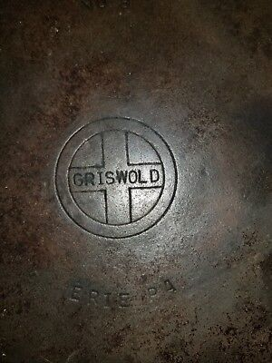 GRISWOLD #8 Cast Iron Skillet 704 U Small Logo ERIE PA.