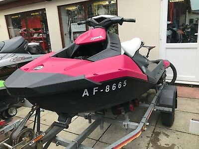 2015 Seadoo Spark 3up 90hp - SBS Trailer - Cover - 3 months Warranty!