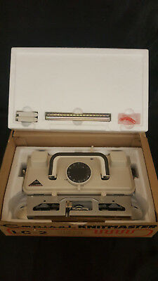 Silver reed knitmaster knitting machine lace carriage LC 2 in original box
