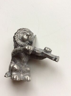 Vintage  Spoontiques Pewter Figurine: Lion With A Musical Instrument 1980  818