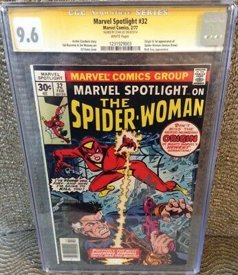 MARVEL SPOTLIGHT #32 (2/77), CGC 9.6.  1st SPIDER-WOMAN.  SS SIGNED BY STAN LEE