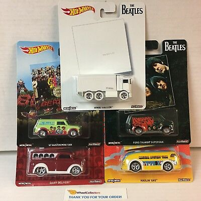 5 Car Beatles Set * Hot Wheels Pop Culture * BLOWOUT * YA4