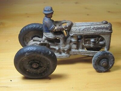 Antique Vtg Arcade Cast Iron Ford Tractor Farm Toy 1940's Usa Heavy All Rubber