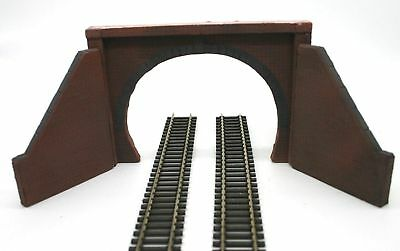 2 X Detailed Model Railway Double  Track Tunnel Entrance For HO / OO New