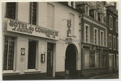 14230 Insigny-sur-Mer: Street View Hotel Commerce (Vintage Photo France B/W 1963