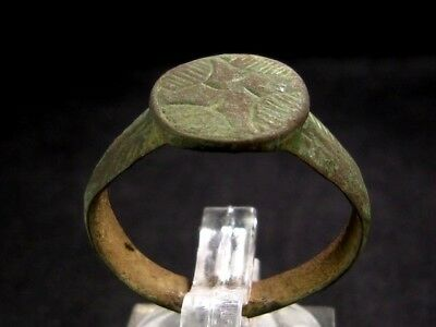 Choice Bronze Crusader Ring, Large Radiant Cross On Top+++
