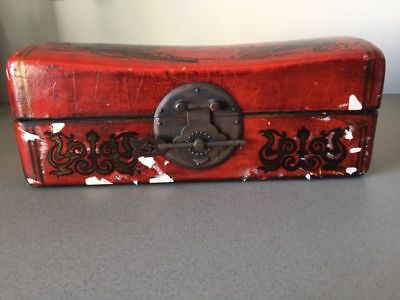 Small antique chinese chest&key. Dragon illustrations outside.Fully lined inside