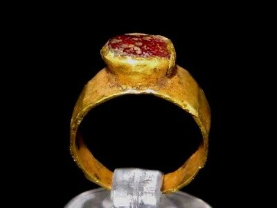 RARE ROMAN PERIOD CHILD GOLD RING  w/ RED STONE ON TOP+++