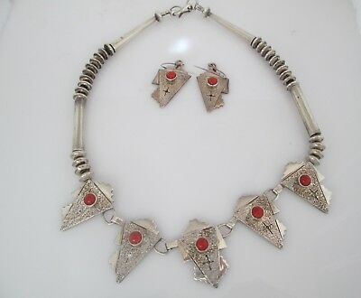 Navajo M T Sandcast Coral & Sterling Bead Necklace & Earring Set