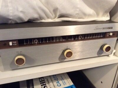 Vintage EICO ST97 tube tuner in superb working condition